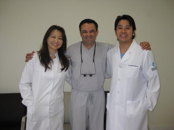 Dentista americano vem fazer curso sobre implantes com Dr. Marcos Guskuma