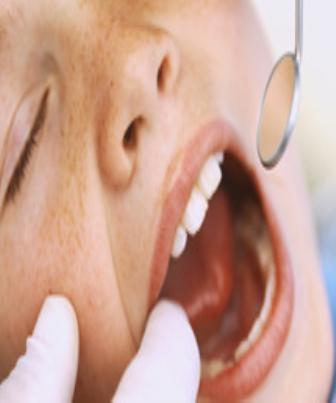 Dentes sensíveis podem diminuir se evitarmos bebidas ácidas
