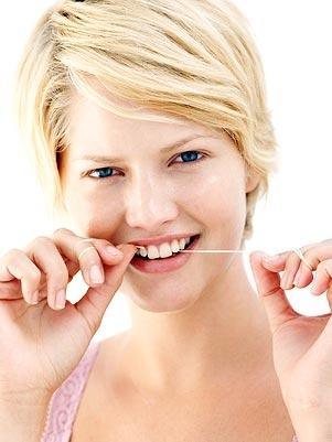 Uso de fio dental pode diminuir chances de sofrer AVC