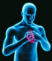 Especialista explica ligação entre deixar de escovar os dentes e risco de infarto