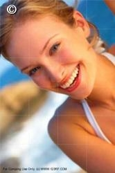 Em nove dicas saiba como reduzir a dor causada pela sensibilidade nos dentes